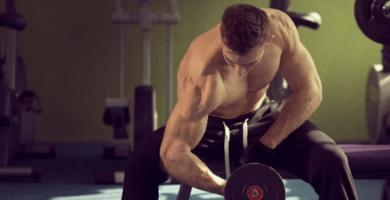 10 ejercicios con mancuernas en casa
