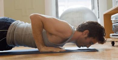 Los mejores ejercicios para pectorales sin pesas