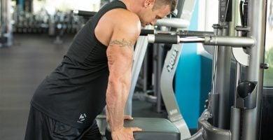 como hacer triceps de alto volumen